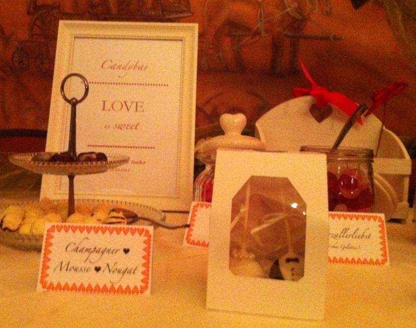 Spezielle Cakepops für das Brautpaar
