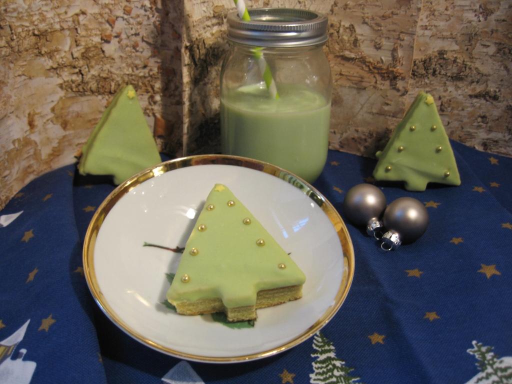 Baumkuchen mit Matcha-Glasur