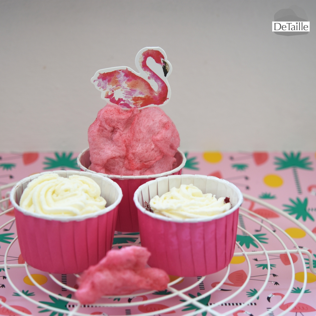 flamingo-cupcakes-cottoncandy