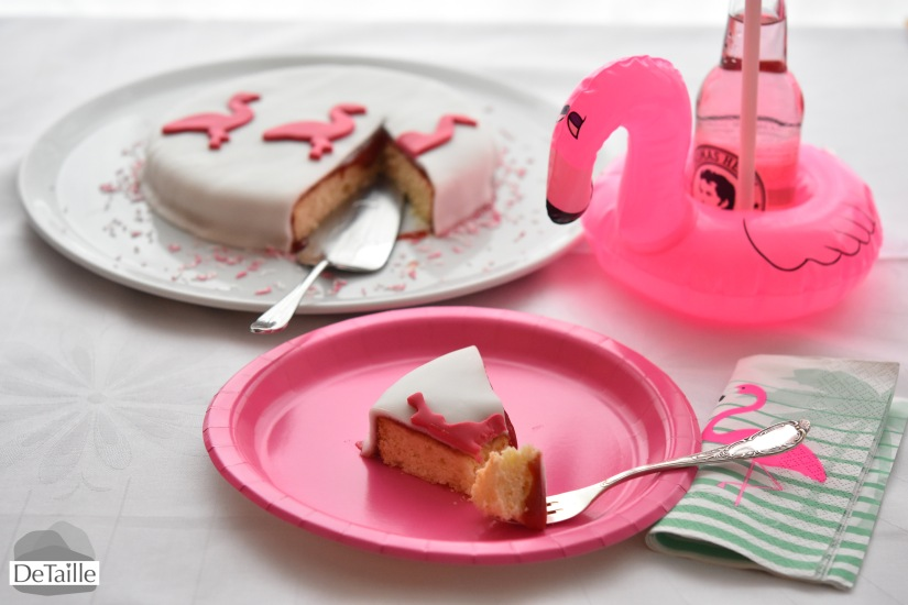 Flamingo-Party: Torte