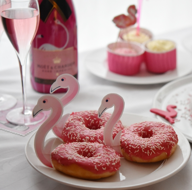 Flamingo-Donuts