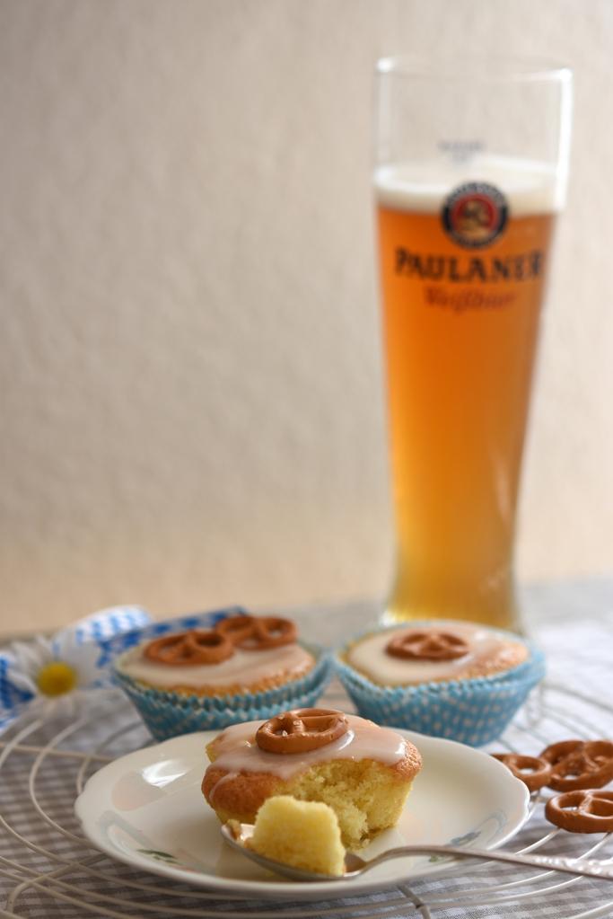 Darauf ein Hefeweizen: Muffins mit Brezn.